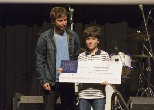 201563132652 - Alvaro Pérez entrega el premio a JAGOBA A HERNANDEZ